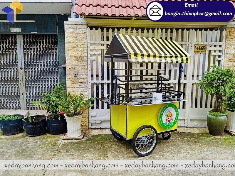 xe đẩy bán thức ăn nhanh lưu động