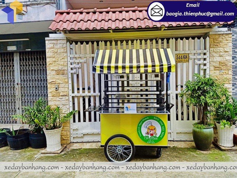 xe đẩy bán thức ăn nhanh